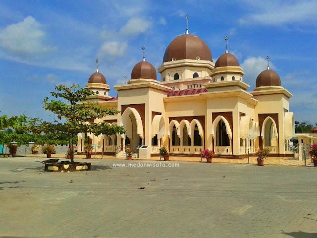 Masjid Al-Ihsan Wannajah kota tebing tinggi