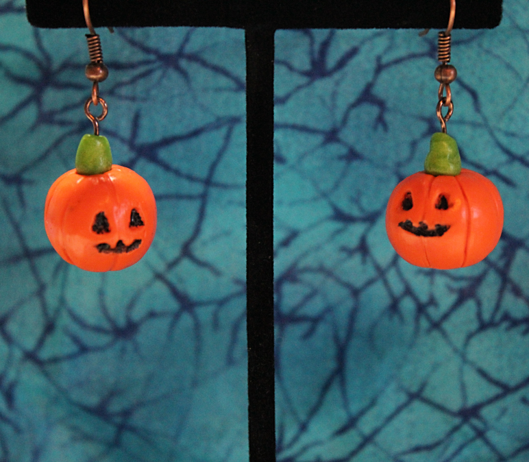 https://www.etsy.com/listing/203863635/great-pumpkin-polymer-clay-halloween