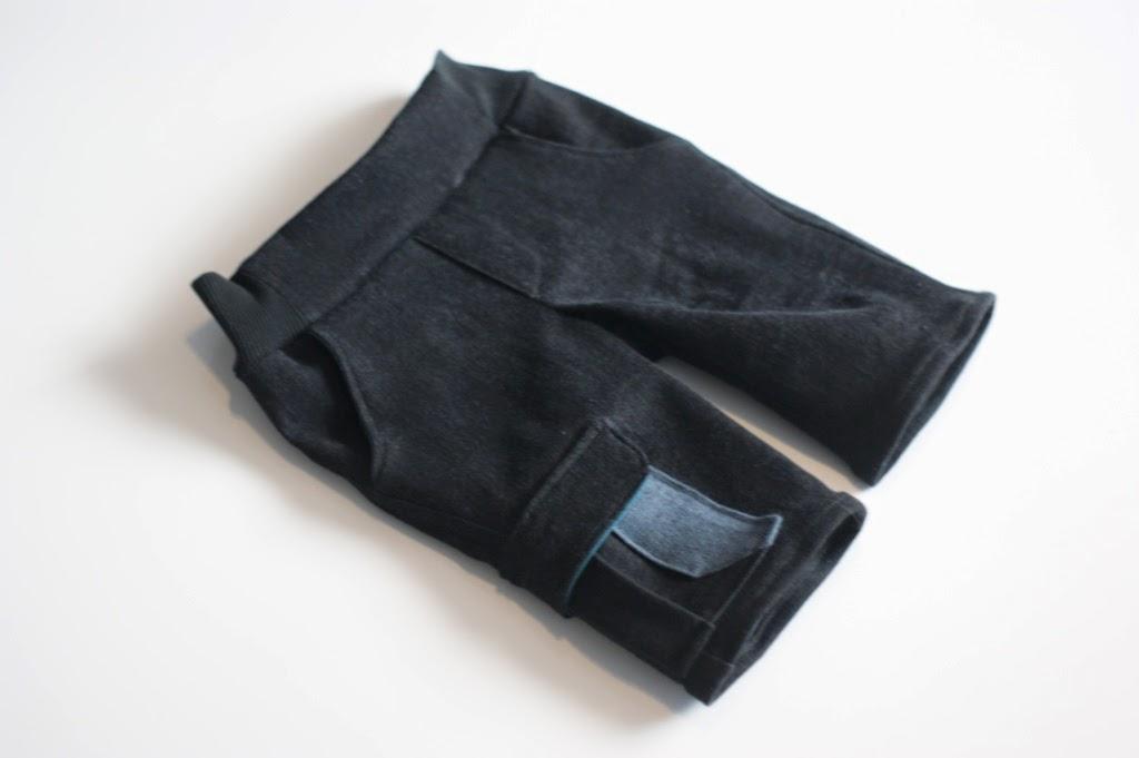 Kudzu cargo shorts (Willow & Co pattern)