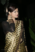 Anchor Shila Chakravarthy latest black saree Photos-thumbnail-9
