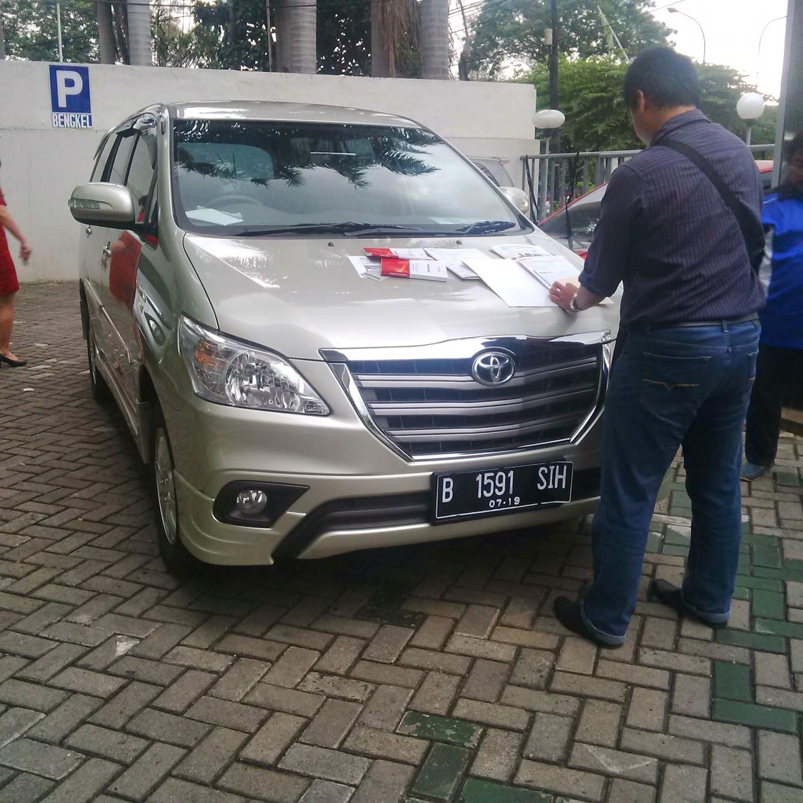 Pengiriman Inova B 1591 SIH Jakarta ke Ambon