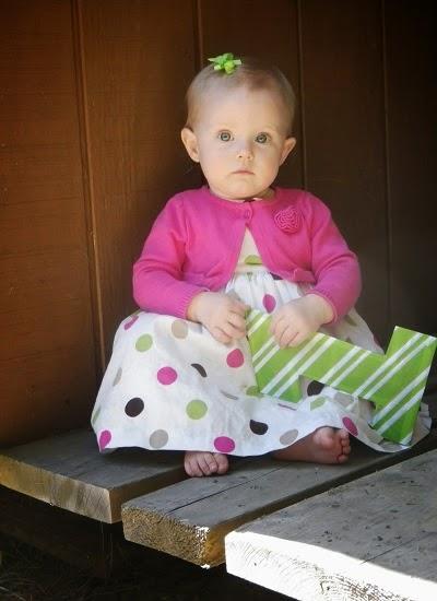Photo bébé mignon 1 an