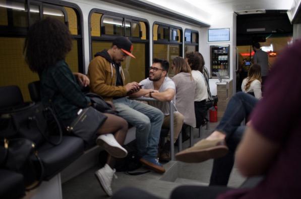 Perkhidmatan Bas di San Francisco Mempunyai Kedai Kopi