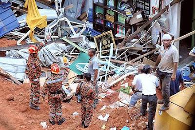 Gambar 2 tagedi tanah runtuh di rumah anak anak yatim hulu for Sfondilandia primavera