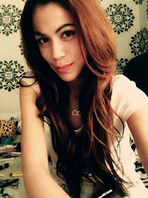 Foto Hot Vanny Rosyane serta Pengakuan Hebohnya
