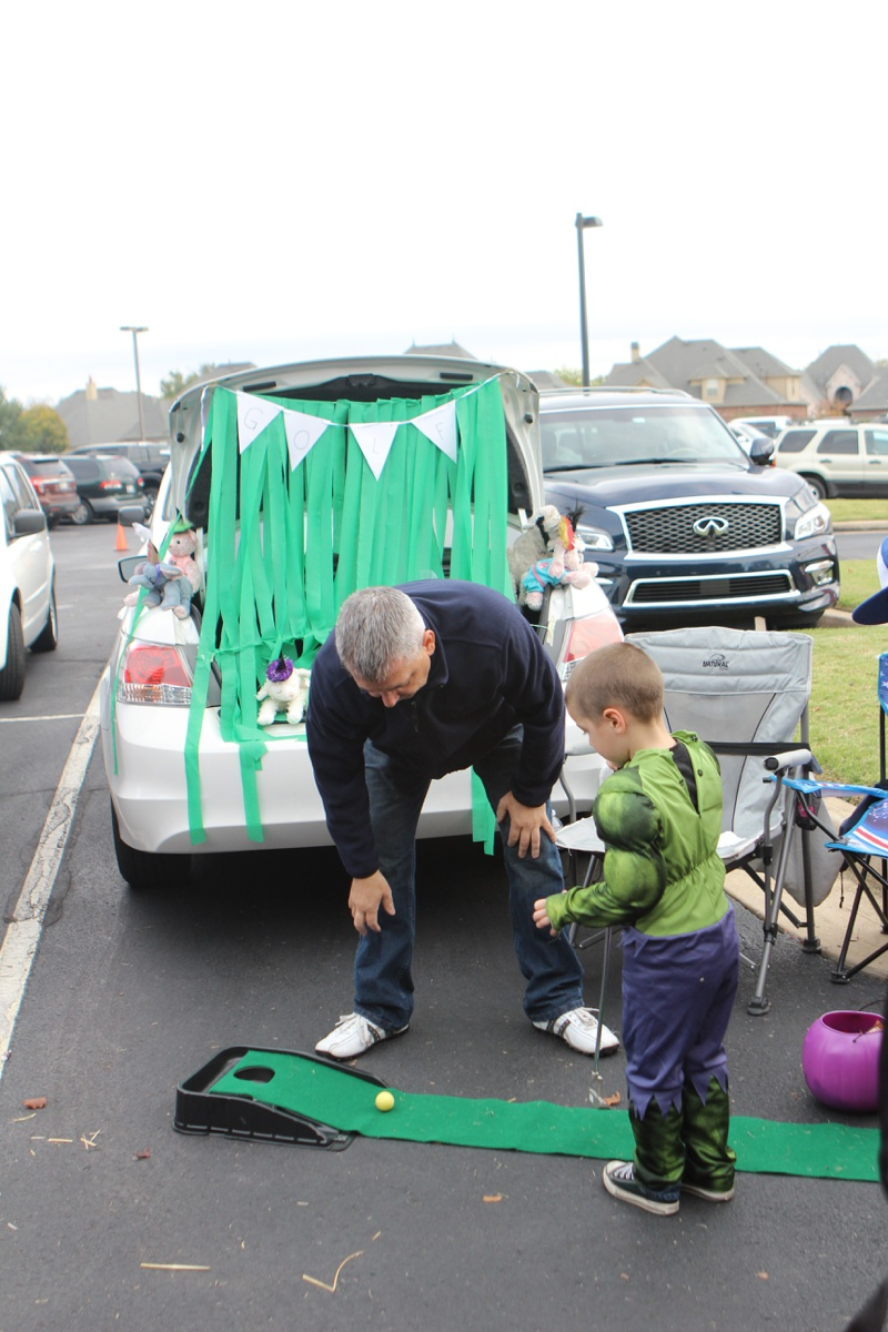 Trunk or Treat Idea Golf Putt Putt