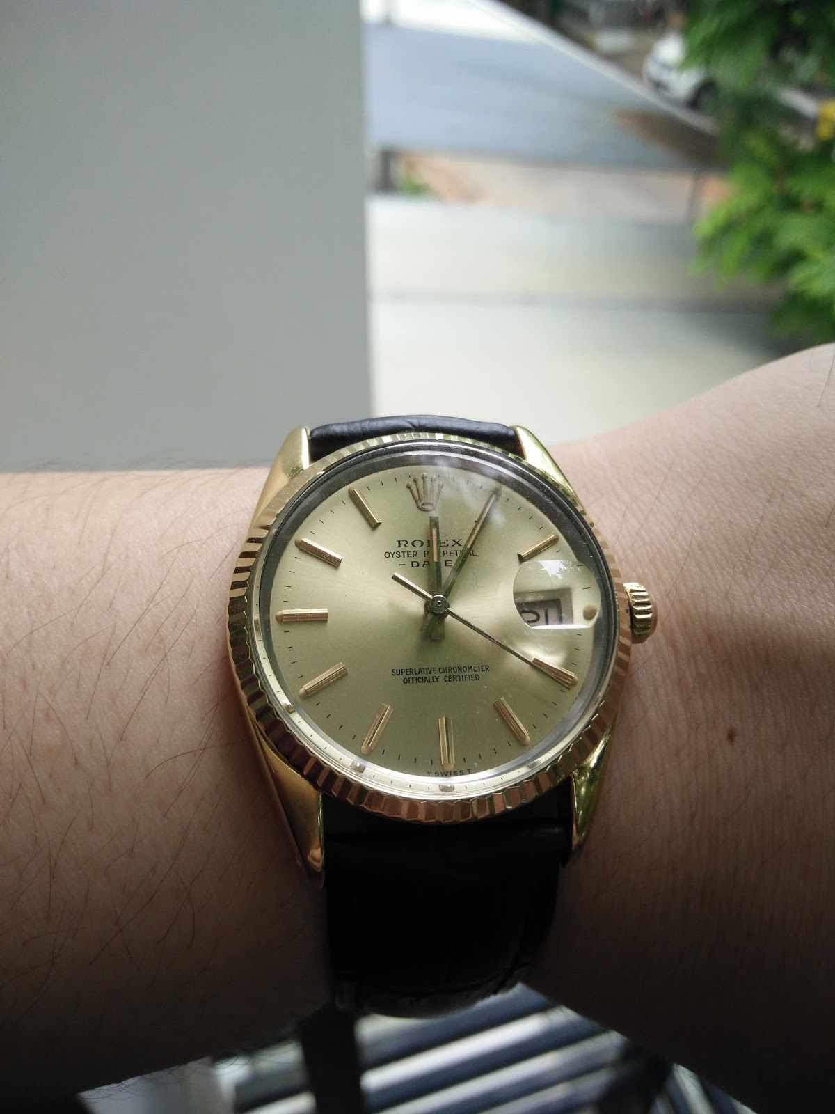 SOLD Rolex Vintage Oyster Perpetual Date 18K Yellow Gold