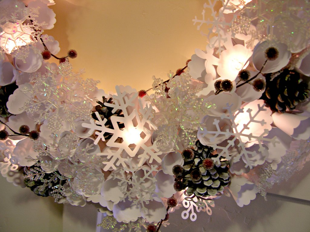 Lighted paper snowflake wreath mason jar snow globes featuring hang it on the door arubaitofo Gallery