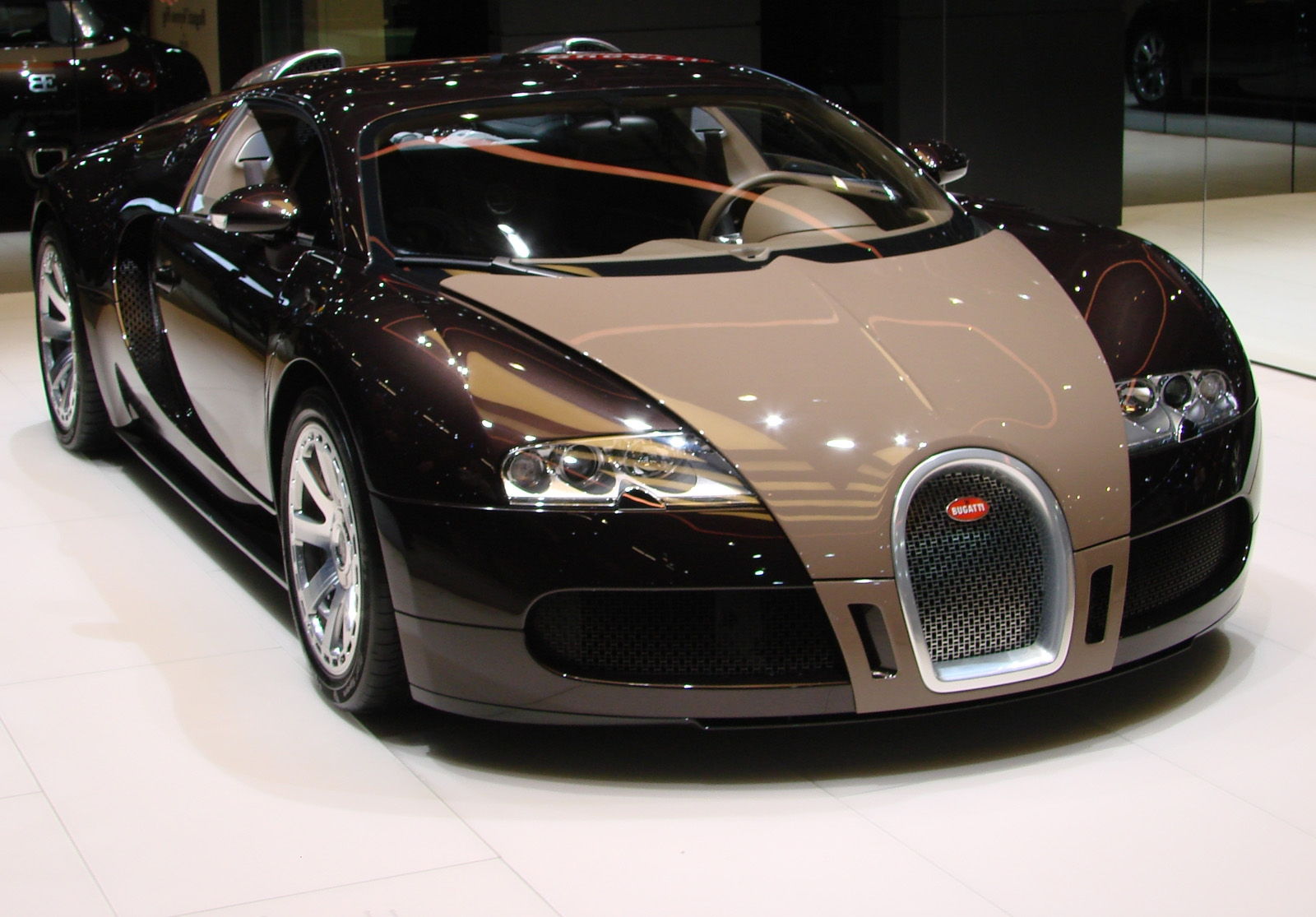 Nice Car Zone Automobiles E Bugatti