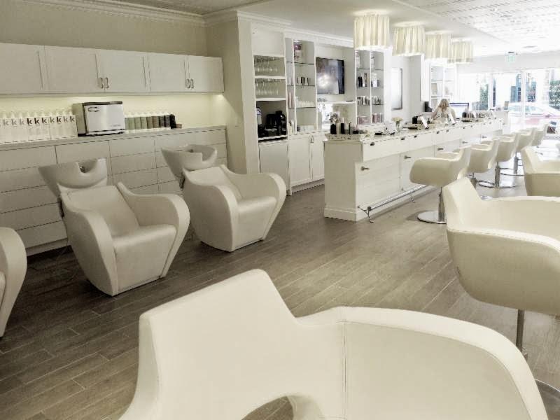 Cloud 10 Salon