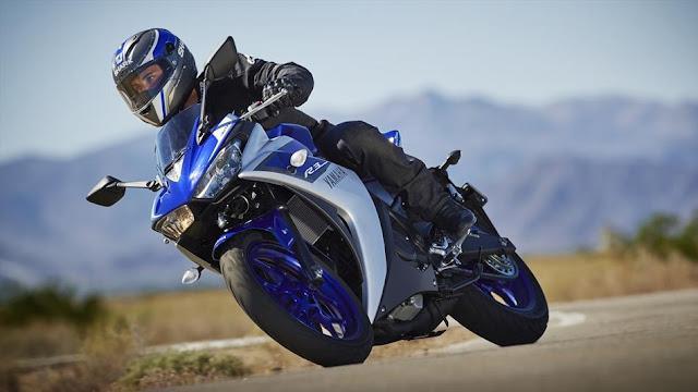 Motocicleta Yamaha YZF R3