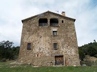 La façana de llevant de la masia El Boix