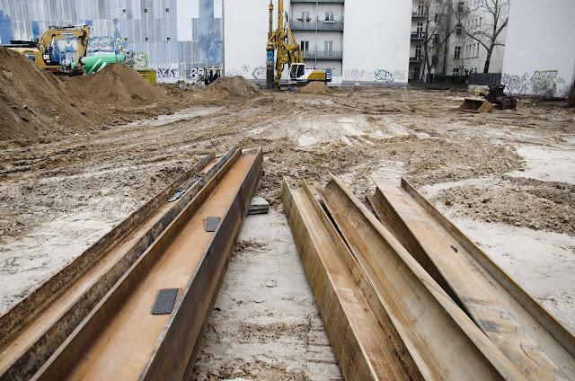 0440, Baustelle, Der ehemalige Rewe-Markt in der Pasteurstraße 17, 10407 Berlin, 02.02.2015