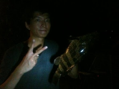 Big Grouper also know as Gao Heurr 石班鱼 or Kerapu Caught by Kenny weighing 1.5 kg plus at Woodland Jetty