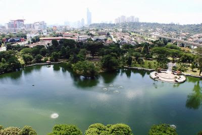 Picturesque: The Taman Jaya Lake is an iconic lake for nature lovers and joggers who frequent it every day.