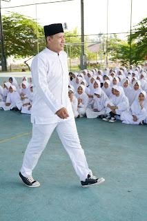 http://www.kompasiana.com/boardingschool/smp-islam-cendekia-cianjur-boarding-school_54f91753a33311b6078b45d4