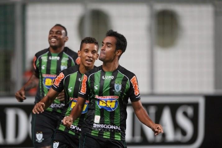 Tchô é o novo reforço do Bahia