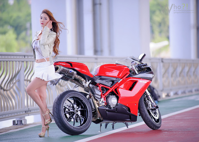 4 Jo Ye Jin and Ducati-very cute asian girl-girlcute4u.blogspot.com