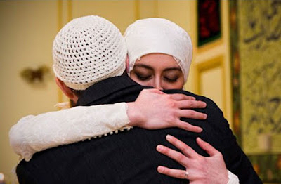 Para Suami, Bersabarlah Terhadap Istrimu