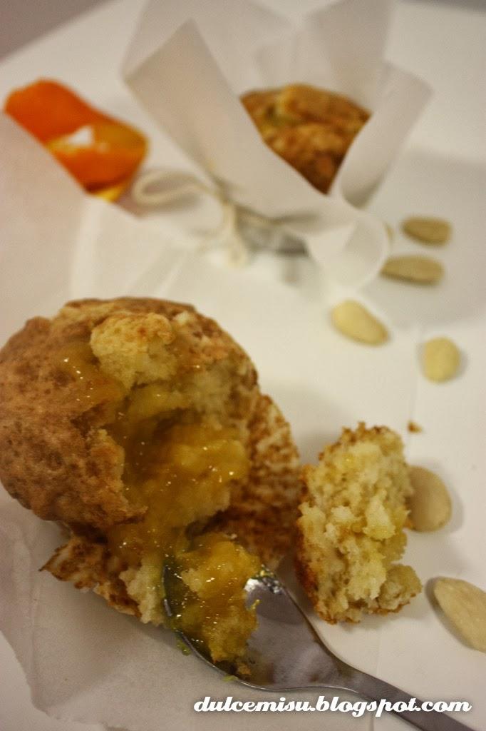 Muffins, almendra, mermelada, naranja, dulcemisu