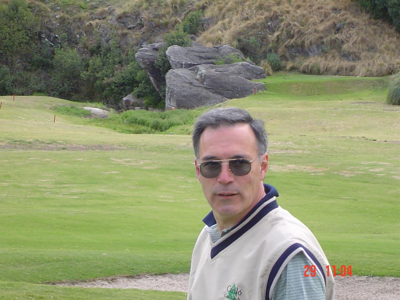 http://3.bp.blogspot.com/-EAoPZcRgFH0/TKpRjENUrrI/AAAAAAAAAQM/lLkZsJoFD-I/s1600/Golf+Cordoba+2004+097.jpg
