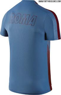 gambar desain terbaru jersey trainingt Gambar bagian belakang bocoroan jersey Prematch As Roma musim depan 2015/2016