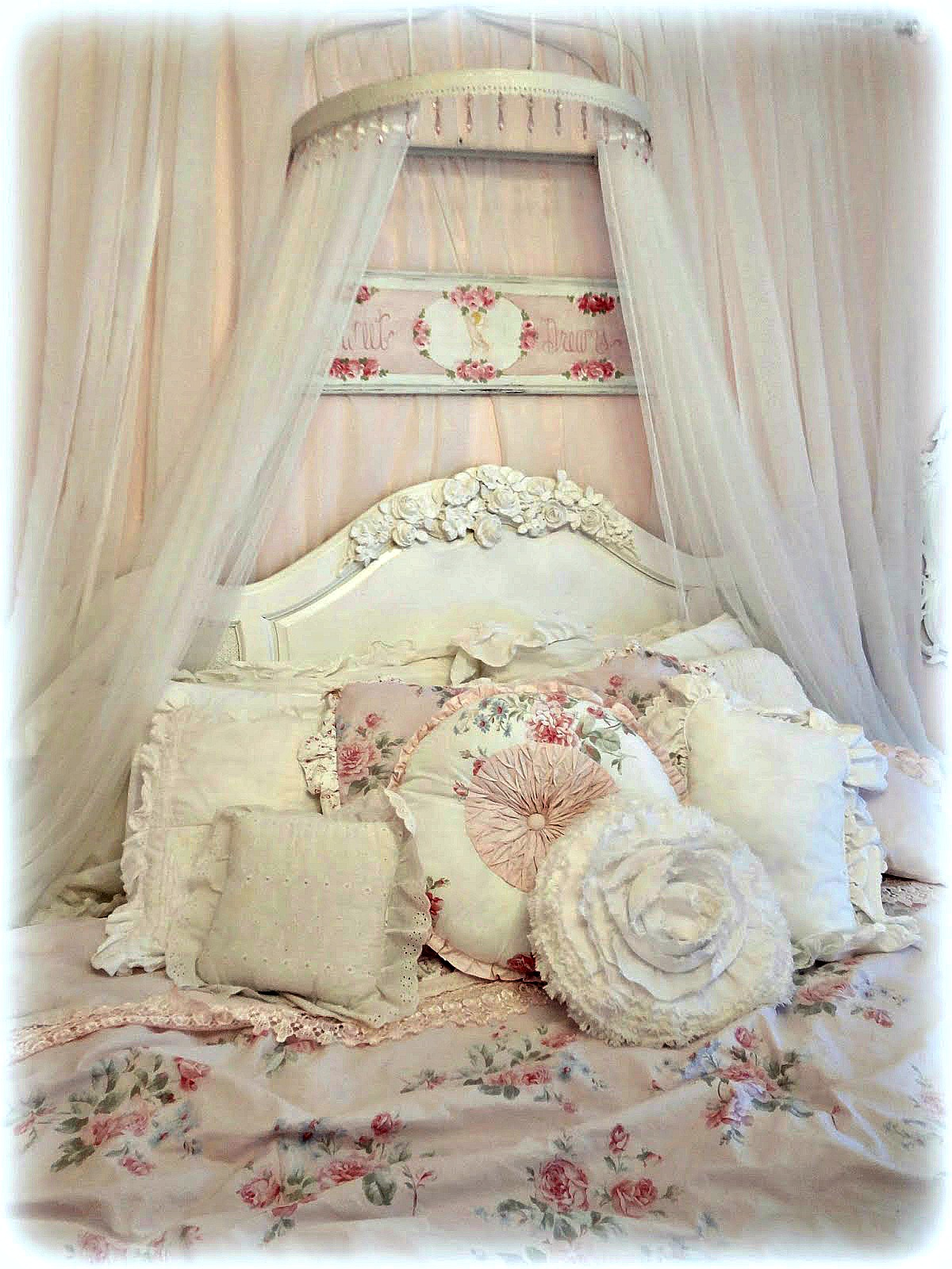 nana diana takes a break staging for a sale shabby chic style. Black Bedroom Furniture Sets. Home Design Ideas