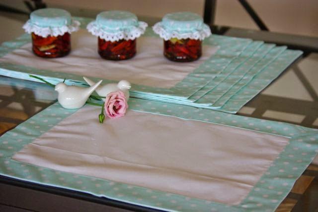 podkładki materiałowe , pastelowe serwetki na stół