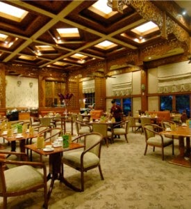 Singgasana Hotel Surabaya | EKALAYAWEBS.com