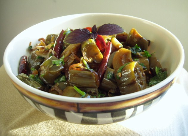Sizzling Indian Recipes.....: Thai flavored Spicy Baingan ...