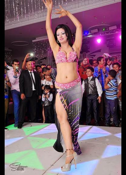 الراقصة كاريمان