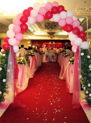 Neo Bollywood: mehndi ceremony decoration designs setups