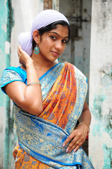 ranam movie actress pics