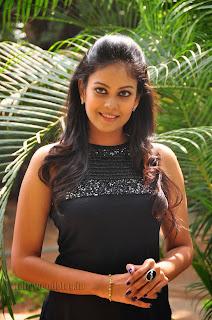 Chandini at kaalicharan premier show 014.jpg