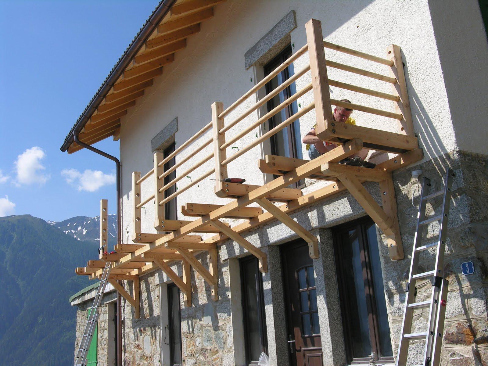FM BOIS balcon et barrière de terrasse en mélèze