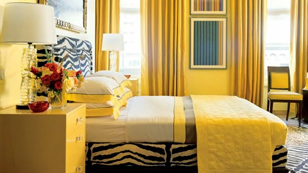 Celebrity homes 5 stunning yellow bedroom decorating ideas for Bright yellow bedroom ideas