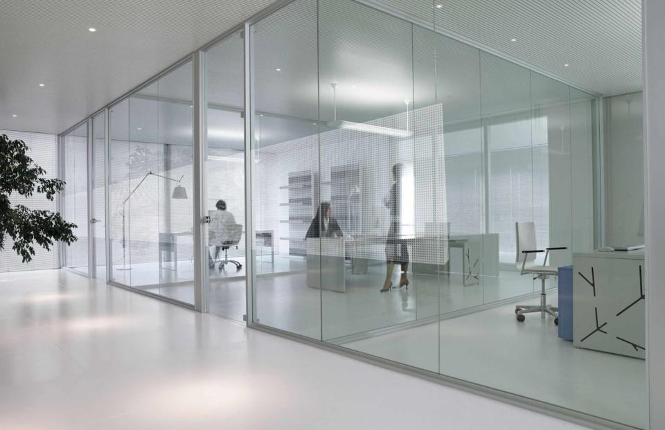 Mamparas para oficinas cerramientos en madrid for Cerramientos oficinas