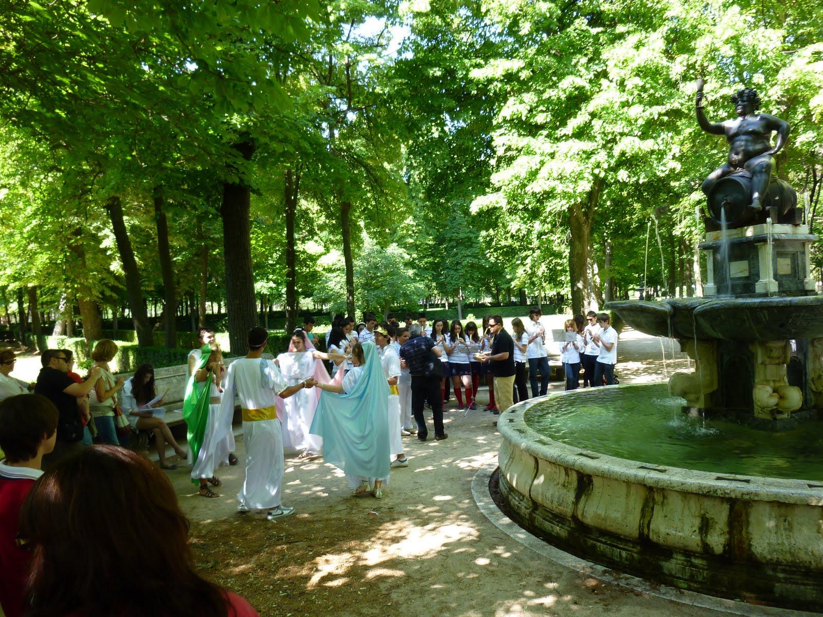 Color y forma paseos por los jardines de aranjuez otras for Jardines barrocos