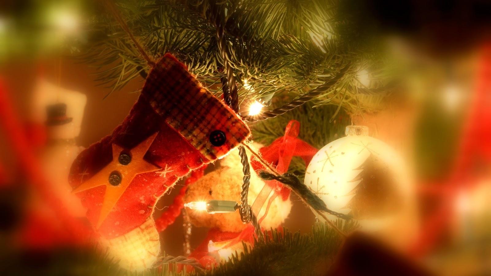 http://3.bp.blogspot.com/-ECEHaguHRpk/UNiIDo-SNOI/AAAAAAAAJVI/TSbtqv2dUzQ/s1600/Merry+Cristmas+greeting+(6).jpg
