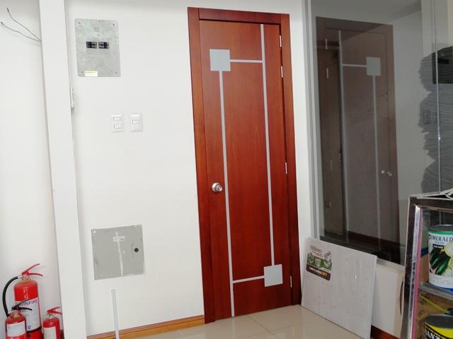 Puertas de madera modernas imagui for Puertas interiores modernas