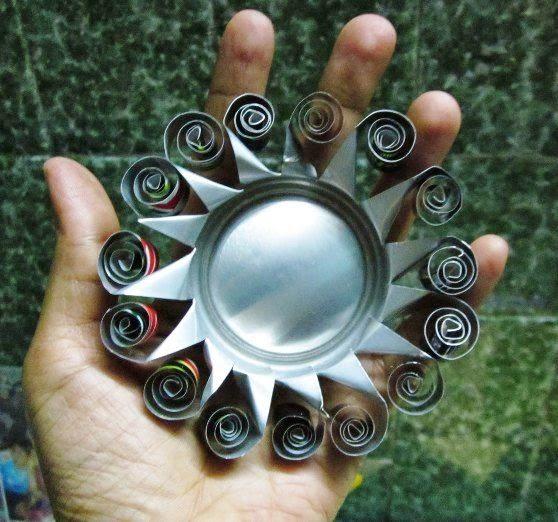 Manualidades con reciclaje de latas car interior design - Cosas de reciclaje ...