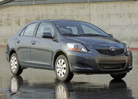 Toyota Yaris Sedan (2009). Estimated EPA Fuel Economy Ratings Are 29 Mpg  City/35 Mpg Highway/31 Mpg Combined For All Three Body Styles With An  Automatic ...
