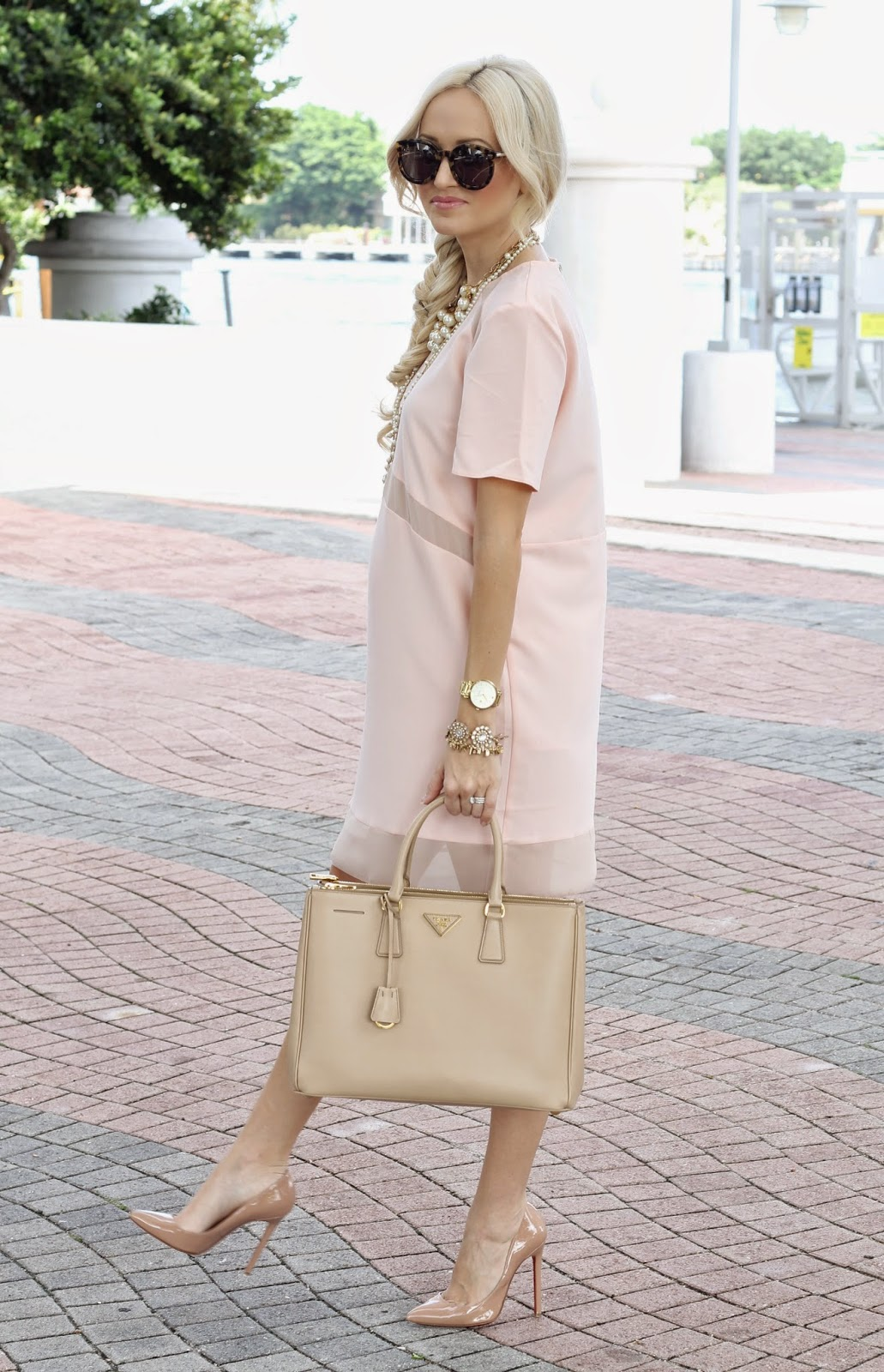 A Spoonful of Style: Blush and Nude