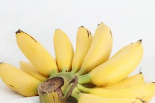 http://mochamadfauzinoer.blogspot.com/2014/05/7-khasiat-buah-pisang-yang-tak-pernah.html