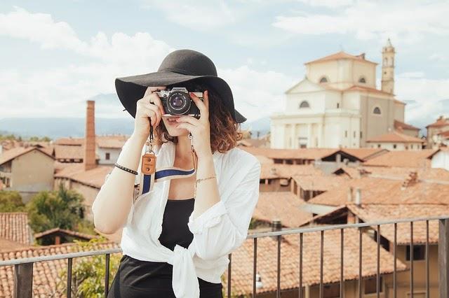 turista-foto-selfie