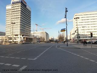 Alexanderplatz, haus der Statistik