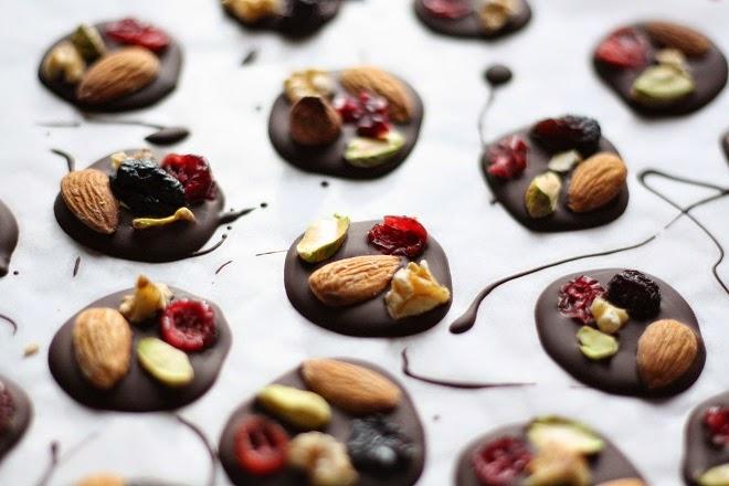 Dark Chocolate Fruit & Nut Bites