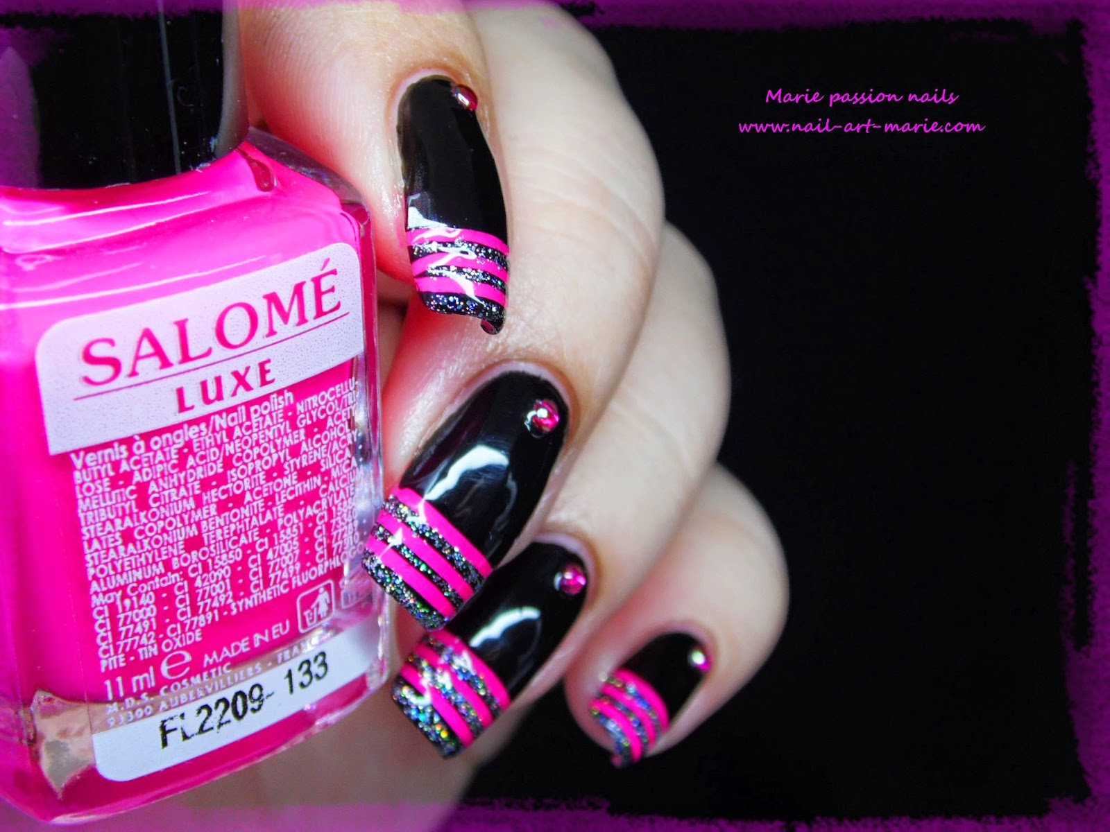 nail art french en rayures fluo3