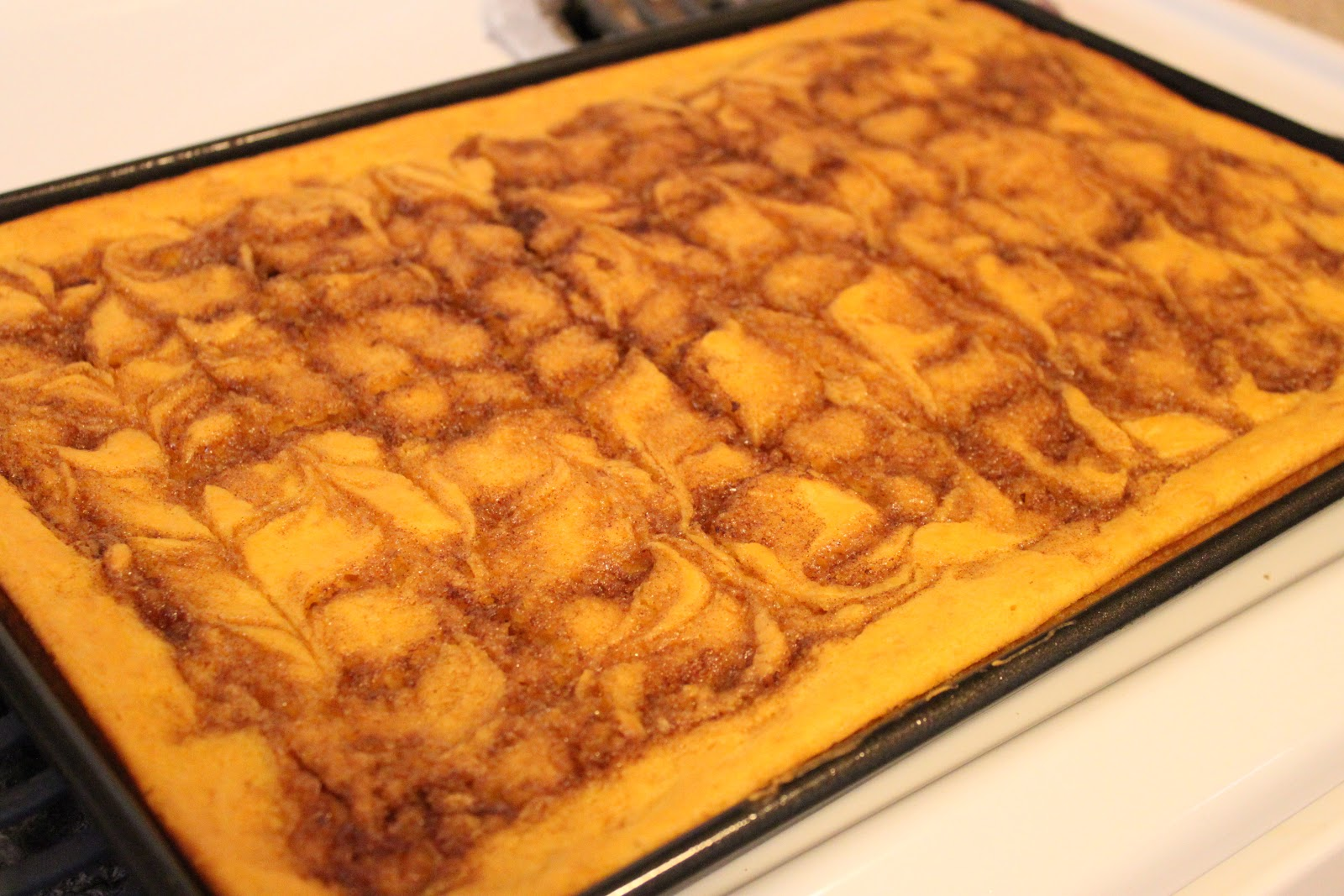 Girls in Aprons: Cinnamon Roll Pumpkin Vanilla Sheet Cake