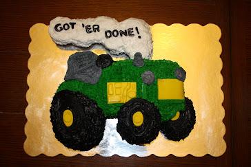 Tractor Grad Cake